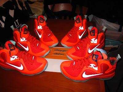 nike lebron 9 gr galaxy allstar 5 10 Your Nike LeBron 9 Galaxy Will Glow in the Dark!