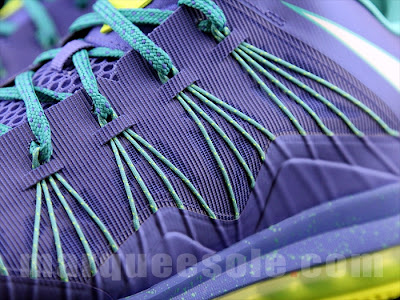 nike lebron 10 low gr blue green 2 06 A Look at LEBRON X Low Hornets. You Can Call Them Sprites Too.