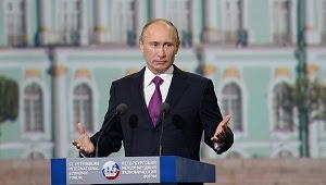 """Poutine : """"Assad est combattu par des commandos, pas par le peuple"""""""
