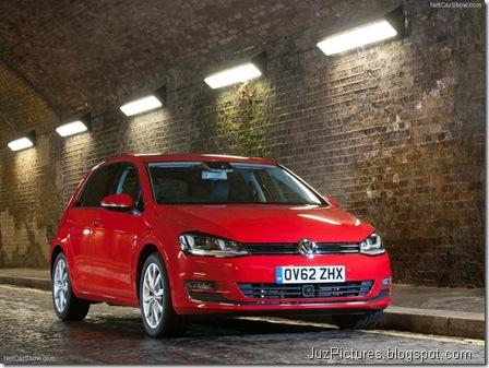Volkswagen-Golf_Mk_VII_UK-Version_2013_800x600_wallpaper_07