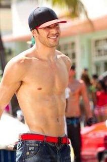 Ryan-Guzman-09