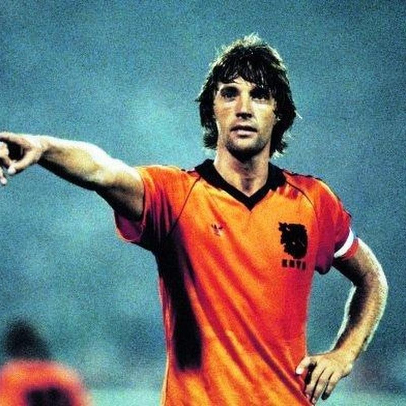 Os 10 melhores jogadores holandeses de todos os tempos