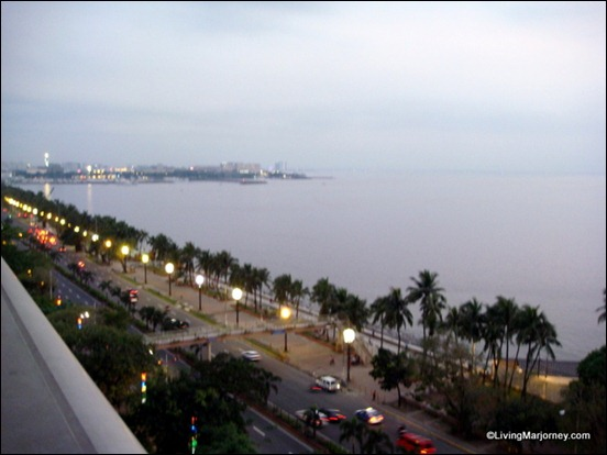 The Manila Bay Sunset view from the Grand Riviera Suite: