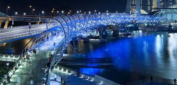 Helix Bridge - noite