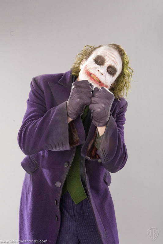 joker-heath-ledger-promocionais-batman-desbaratinando (5)