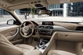 2013-BMW-3-Series-Touring-36