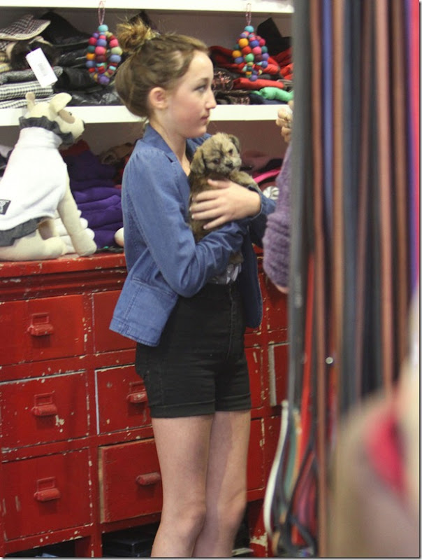 miley-cyrus-puppy-love-5