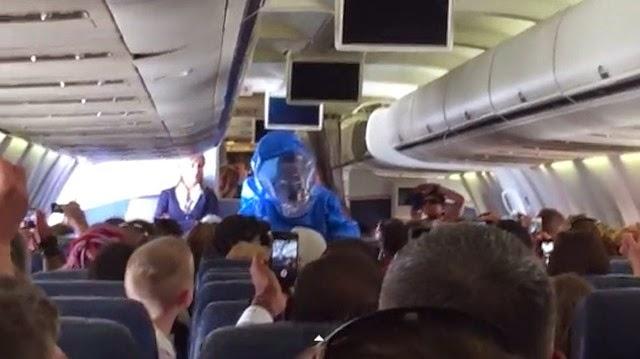 Un pasajero bromeó sobre el Ébola en pleno vuelo y esto fue lo que sucedió