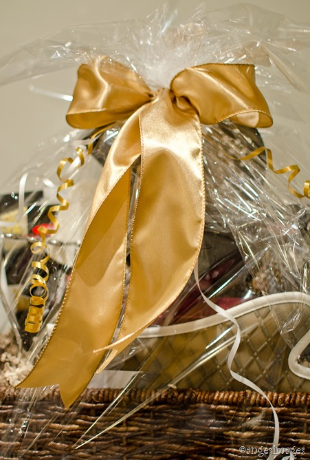 DIY Gift Basket Tutorial | personallyandrea.com