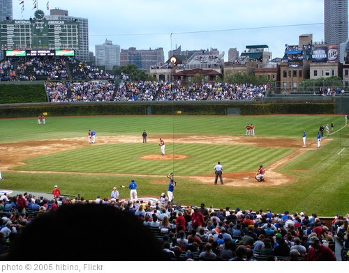 'Wrigley Field #15' photo (c) 2005, hibino - license: https://creativecommons.org/licenses/by/2.0/