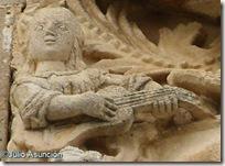Mujer con guitarra - Irujo