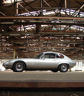 Markus Nikowitsch, München - EV12 1973 Coupe Jaguar XK-E, with Head-Light-Cover Kit. The Head-Lamp-Cover Conversion Kit made by designer Stefan Wahl in the tradition of Malcolm Sayer. / Jaguar E-Type mit Scheinwerferabdeckungen, designed und hergestellt von Designer Stefan Wahl in der Tradition von Malcolm Sayer.
