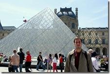 Paris e Louvre, combinação perfeita