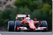 Sebastian Vettel con la Ferrari SF15 T nei test di Jerez
