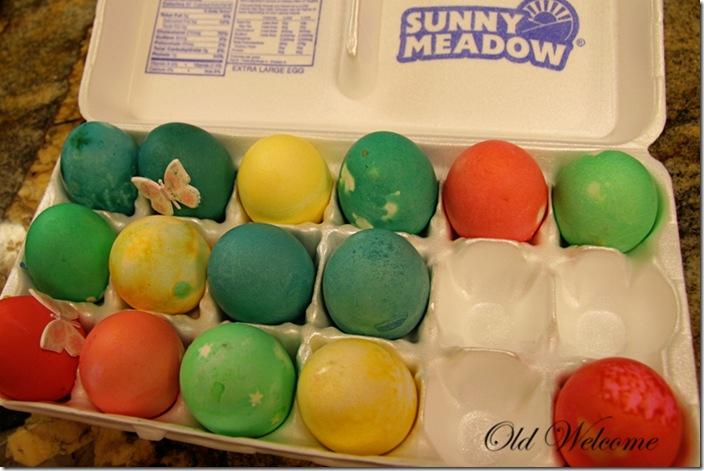 not so perfect dyed eggs old welcome