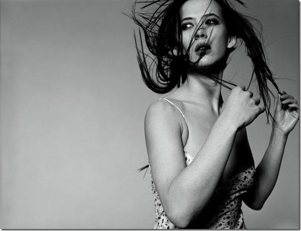Sophie Marceau_Michel Comte_(1998)_4