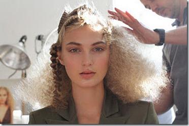 WWD-brow-hair-oscar-de-la-renta