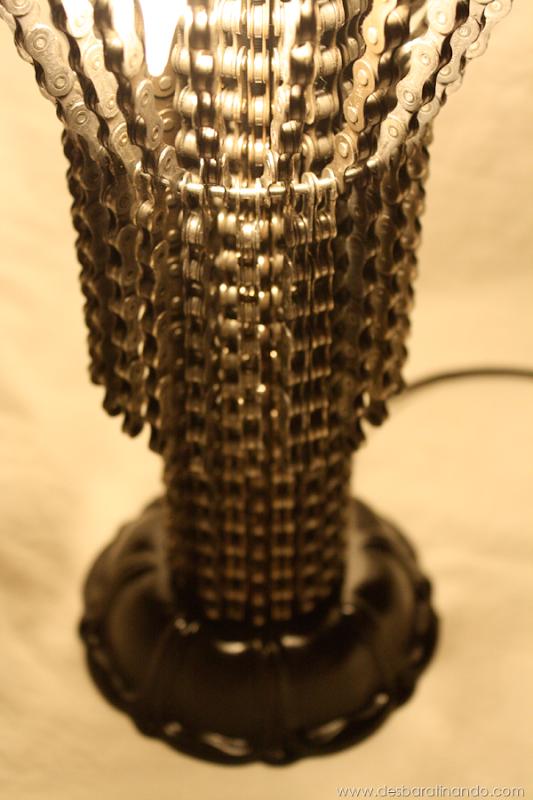 lustres-feitos-com-correntes-de-bicicleta-desbaratinando (17)