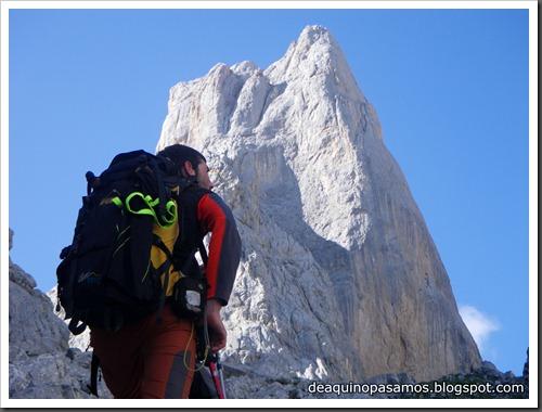 Via Directa de Los Martinez 250m D- V- (Picu Urriellu, Picos de Europa) (Isra) 1151