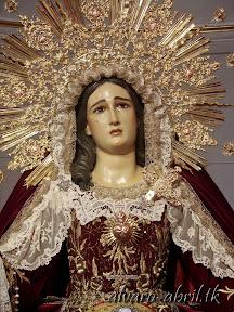 maria-santisima-del-sacromonte-vestida-para-el-mes-del-rosario-alvaro-abril-2013-(1).jpg