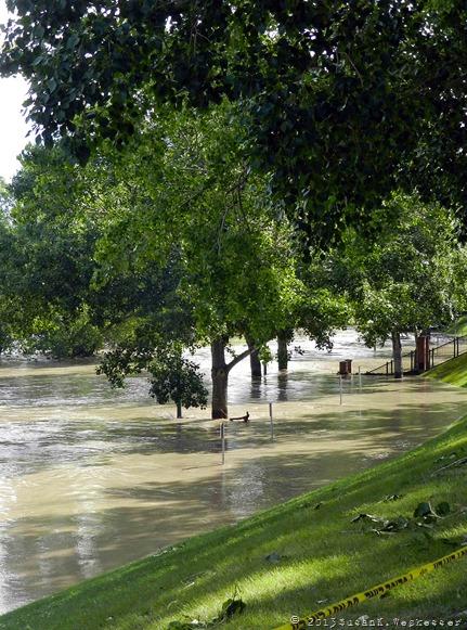 Flood Weckesser 2013 4