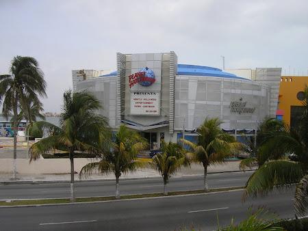 Vacanta Mexic: Planet Hollywood Cancun