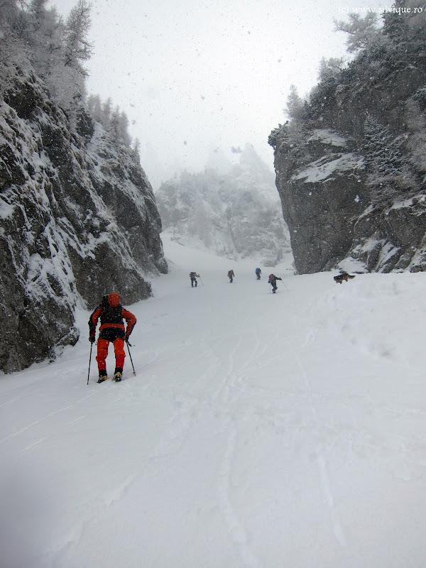 2013.03.17 - Bucegi - Rapa Crucii si Valea Adanca