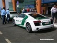 2014-Audi-R8-Dubai-Police
