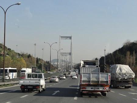 Podul Mehmet Faith - peste Bosfor