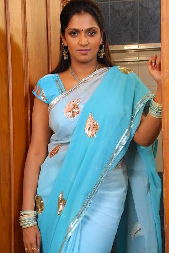Tamil Actress Bhuvaneswari Hot Stills Sey Bath Mallu Aunty Filmvz