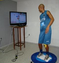 zagueiro-irineu-do-abc-realiza-recuperacao-atraves-do-videogame-wii-1307042146392_300x300