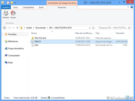 """No Gerenciador de Arquivos (novo """"Windows Explorer""""), clique na imagem de disco que você deseja montar. Aparecerá uma nova aba na faixa de opções. Clique em Gerenciar e depois em Montar"""