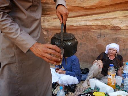 Imagini Wadi Rum: Ceai beduin