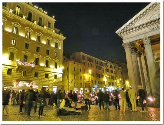 20 Piazza della Rotonda