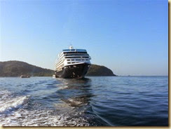 20140224_ tendering to Zihuatanejo 1 (Small)