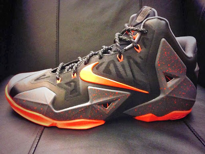nike lebron 11 pe oregon beavers 1 02 Oregon State Beavers Receive Nike LeBron 11 PEs For Hawaii Bowl