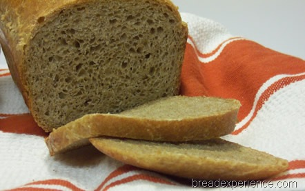 light-wheat-and-spelt-bread 043