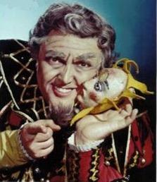 American baritone Cornell MacNeil (1922 - 2011) as Verdi's Rigoletto