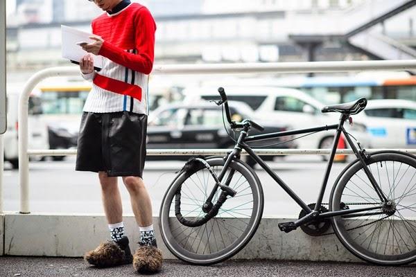 04-fashion-week-tokyo-street-style-fall-2015-06
