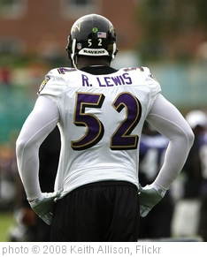 'Ray Lewis' photo (c) 2008, Keith Allison - license: http://creativecommons.org/licenses/by-sa/2.0/
