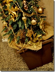 GOLD CHRISTMAS TREE (10)
