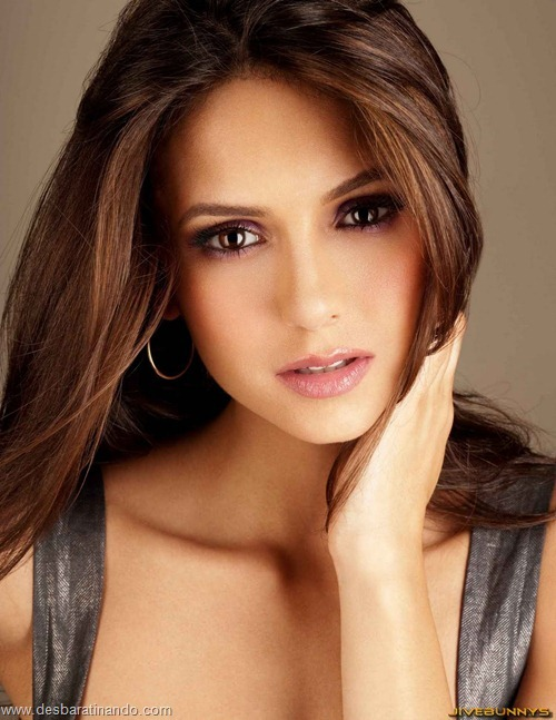 nina dobrev linda sensua sexy sedutora fotos Vampire Diaries desbaratinando (56)