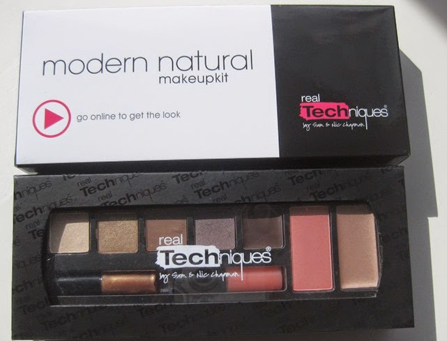 Real-Techniques-Modern-Natural-makeup-palette
