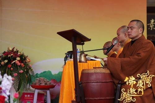 Thời sự tin tức Phật gáo thế giới - Người Áo Lam - 013