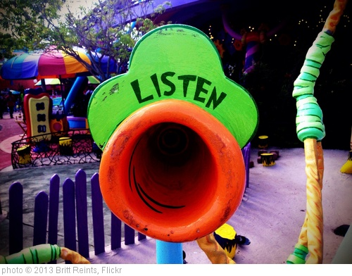 'LISTEN' photo (c) 2013, Britt Reints - license: http://creativecommons.org/licenses/by/2.0/