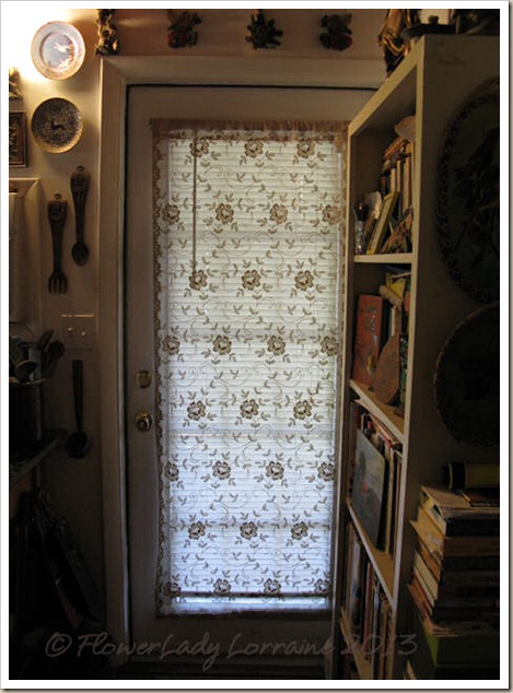 02-06-kitch-door3