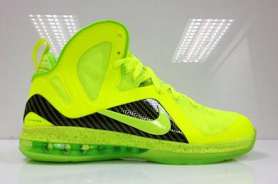 nike lebron 9 ps elite lebron pe tennis 4 03 #TBT: Nike LeBron 9 P.S. Elite Tennis Balls / Dunkman PE