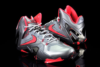 lebron11 elite team collection 10 web black The Showcase: Nike LeBron XI Elite Team Collection
