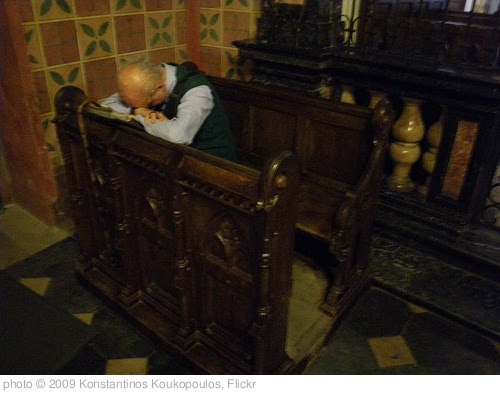 'Praying inside the Krakow cathedral' photo (c) 2009, Konstantinos Koukopoulos - license: http://creativecommons.org/licenses/by/2.0/