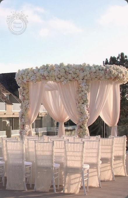 chuppah 1006291_299818136829358_1629470817_n divine floral at karen tran master floral class